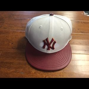 Ny yankees snapback one size fits all